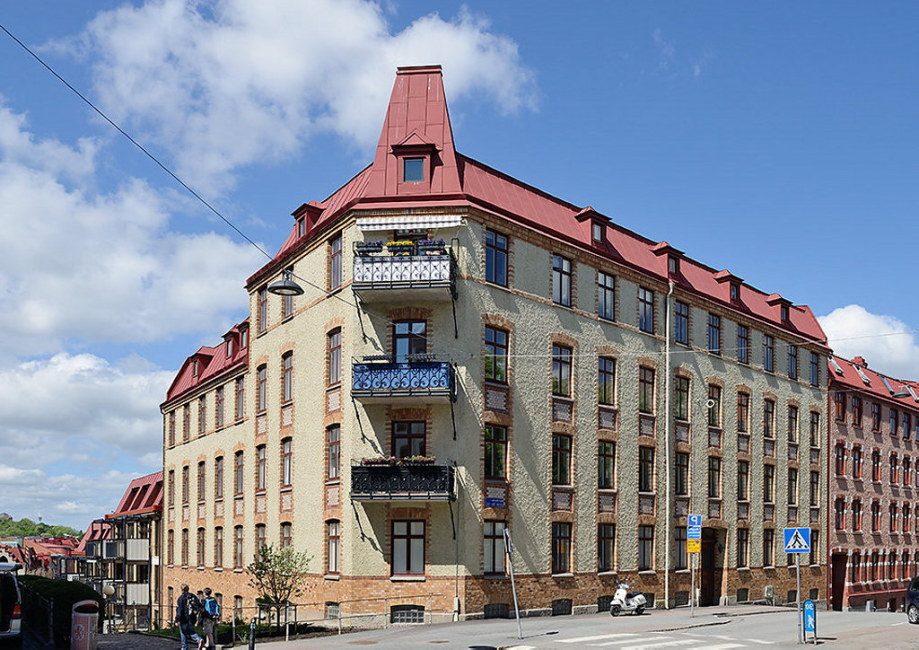 The snow-white three bedroom apartment in Sweden 26