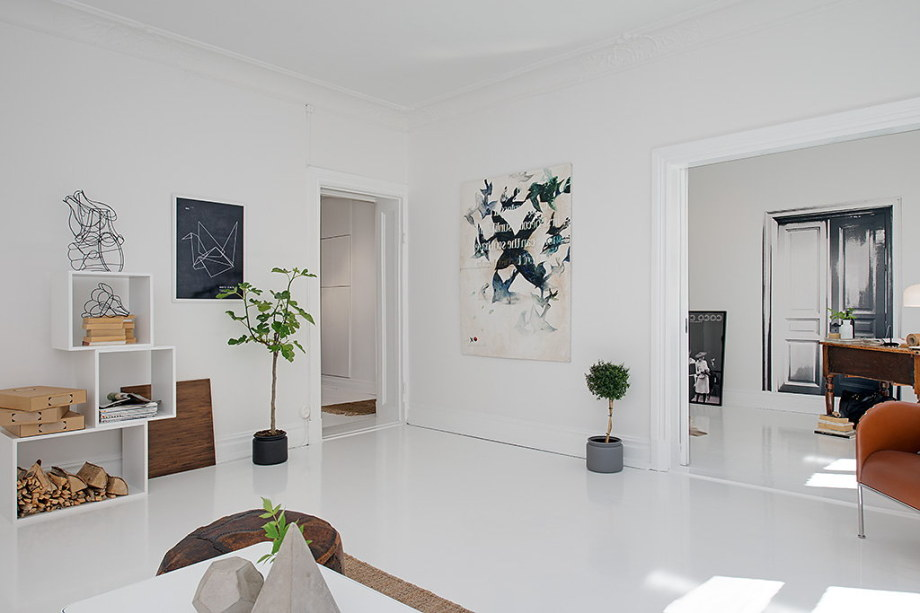 The snow-white three bedroom apartment in Sweden 6