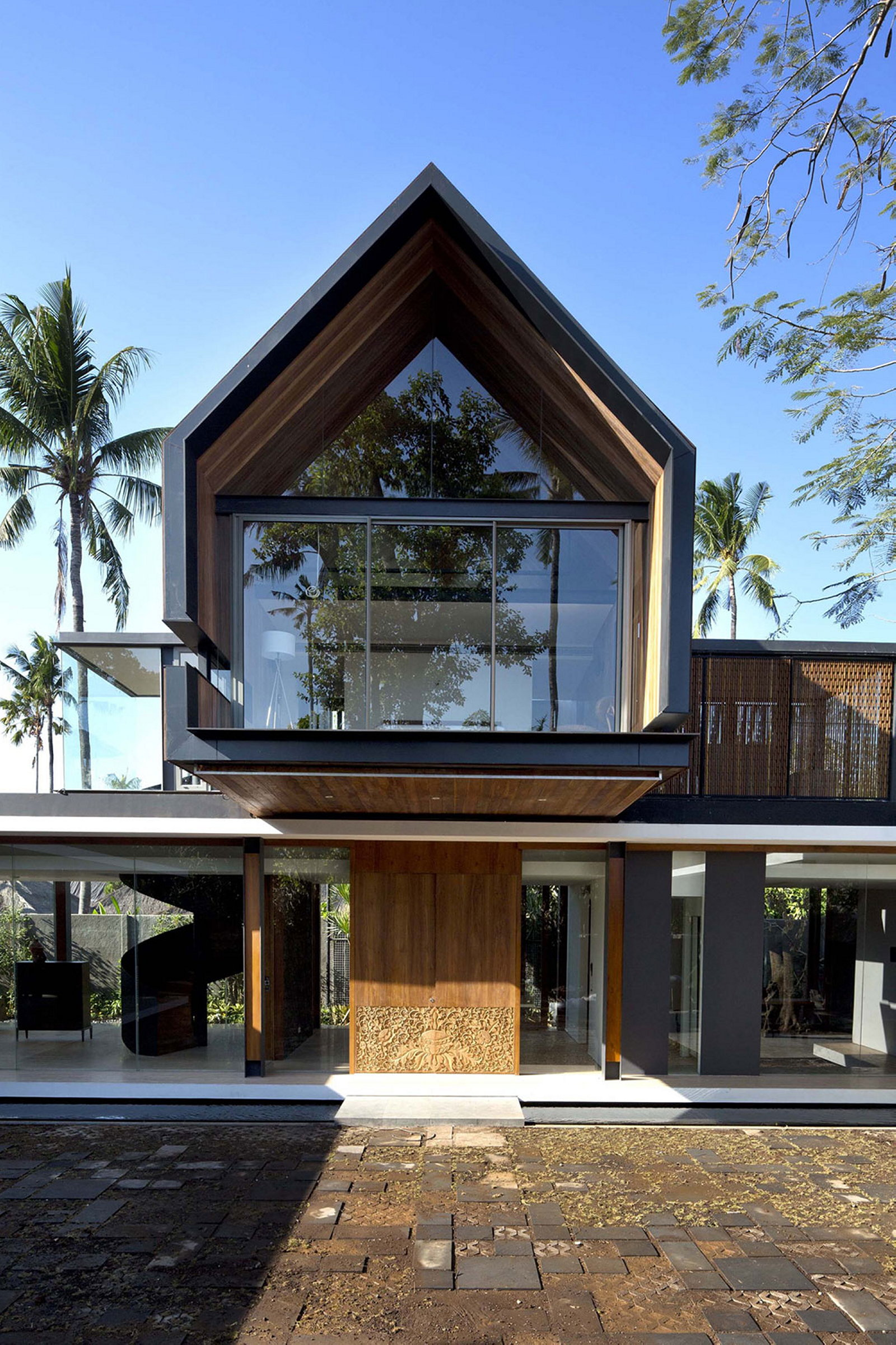 House design indonesia - The Sophisticated And Elegant Design Of The Svarga Residence In Bali Indonesia