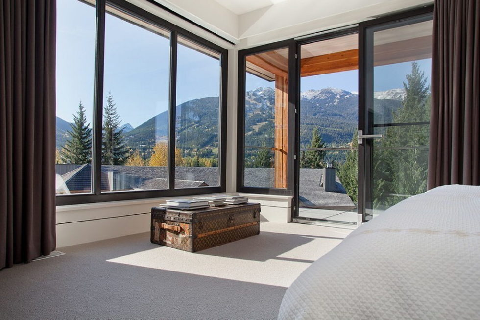 A Stylish House In British Columbian Mountains Worthing $8.5 Million 22
