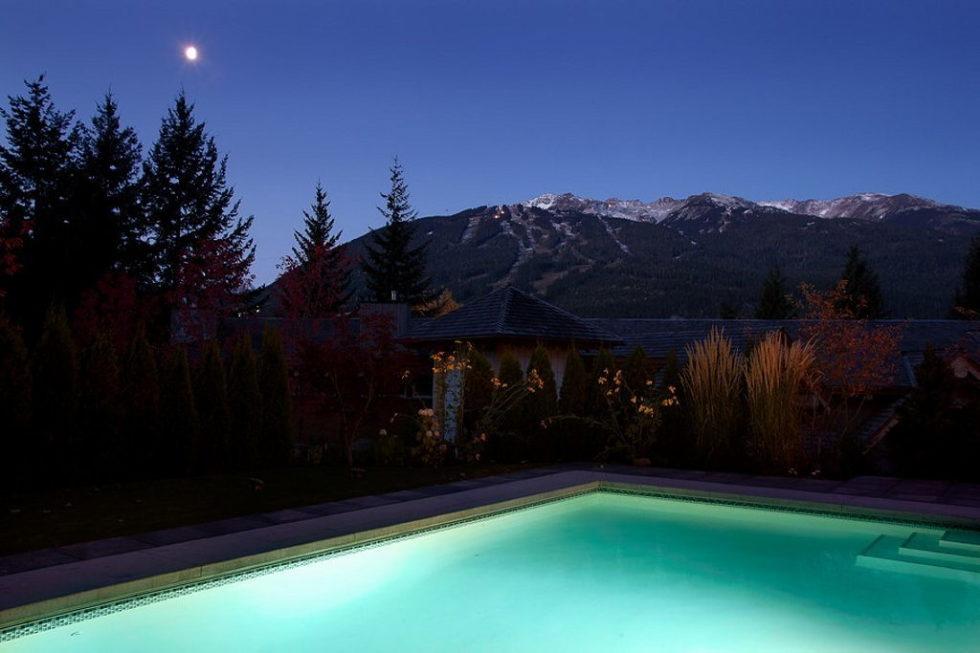 A Stylish House In British Columbian Mountains Worthing $8.5 Million 4