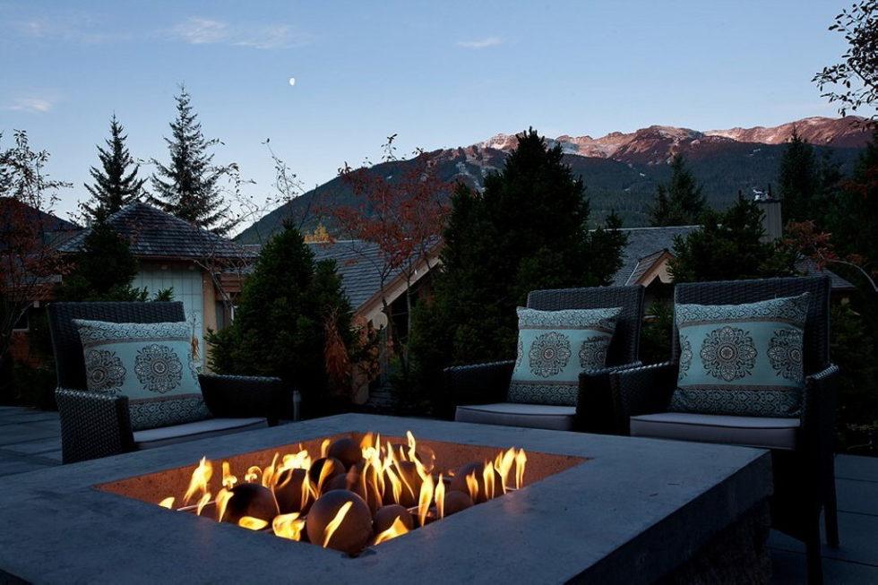 A Stylish House In British Columbian Mountains Worthing $8.5 Million 7