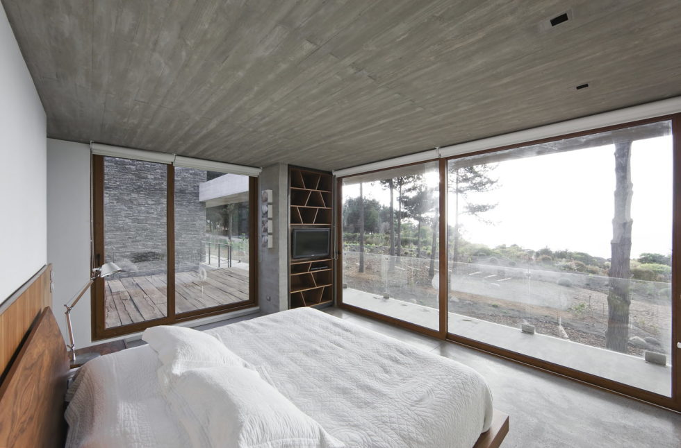 Aguas Claras House In Chile From Ramon Coz + Benjamin Ortiz Studio 26