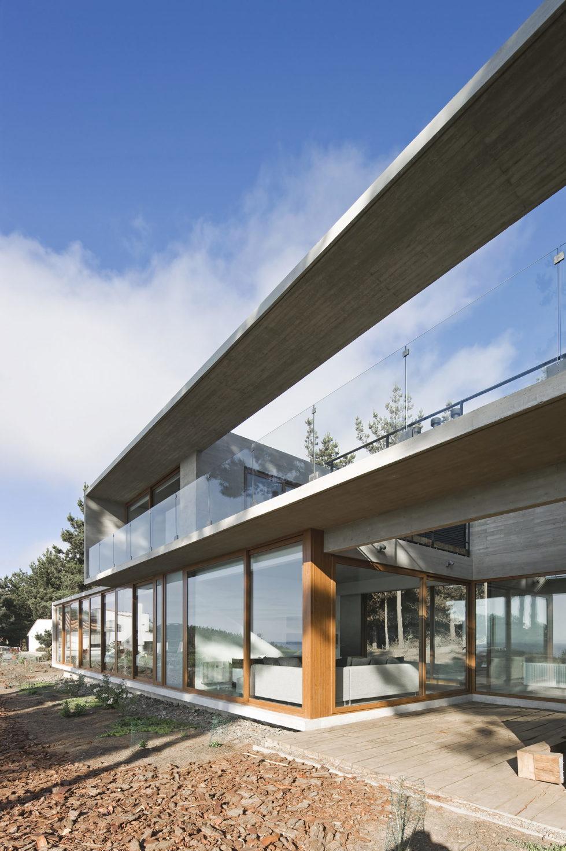 Aguas Claras House In Chile From Ramon Coz + Benjamin Ortiz Studio 29