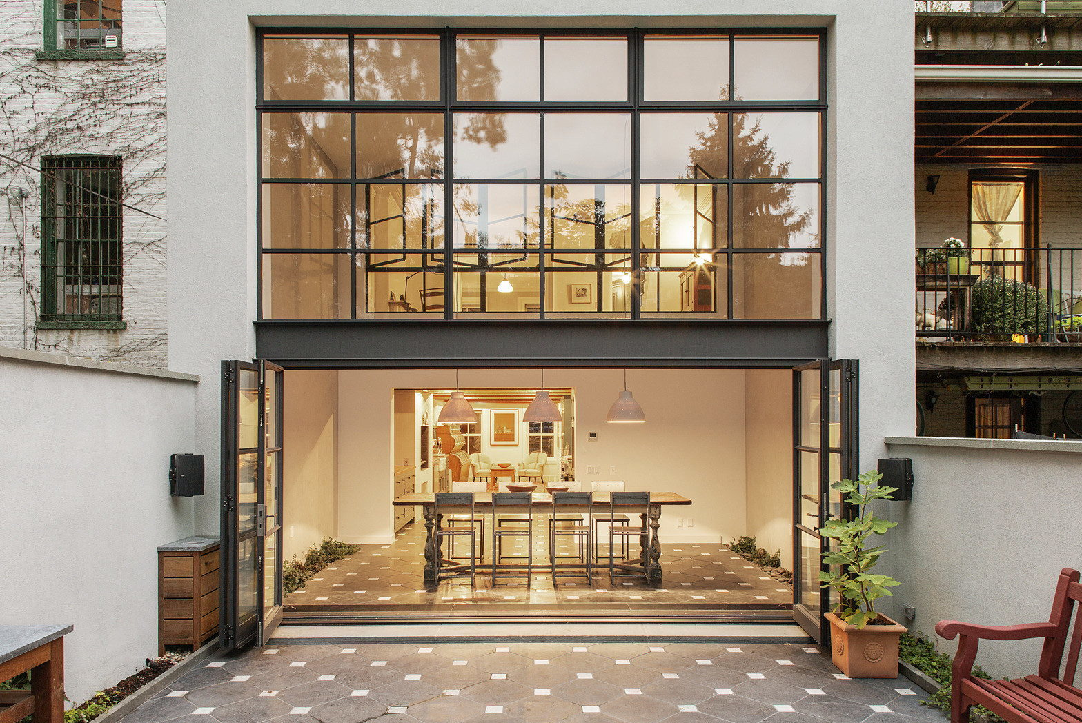 Brooklyn Located Cumberland Townhouse From Ensemble