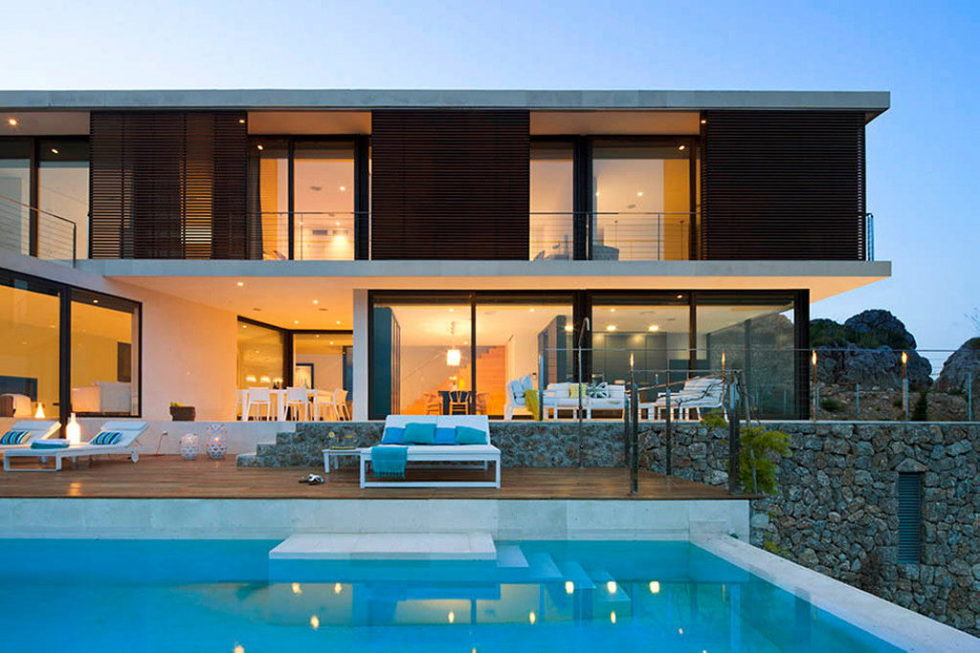Casa 115 From Miquel Angel Lacomba Architect Studio The House In Spain, Overlooking The Picturesque Valley 15