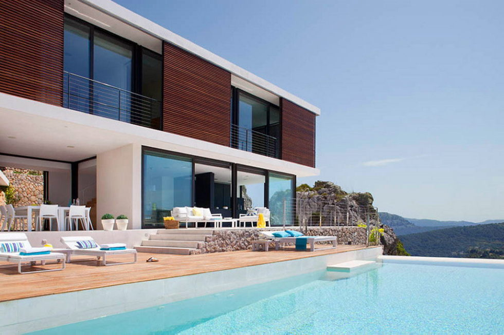 Casa 115 From Miquel Angel Lacomba Architect Studio The House In Spain, Overlooking The Picturesque Valley 3