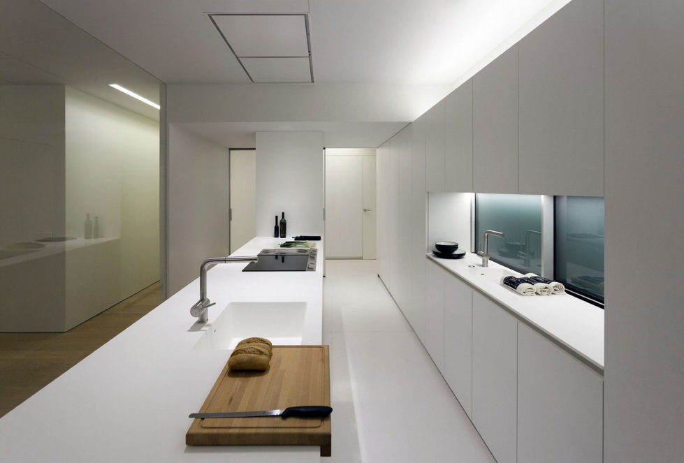 Contemporarily Designed Apartment In Valencia by Fran Silvestre Arquitectos 11