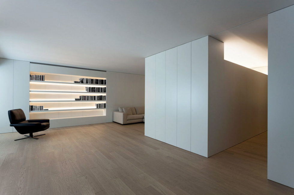 Contemporarily Designed Apartment In Valencia by Fran Silvestre Arquitectos 4