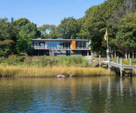 Glass House On The Riverside From RUHL WALKER Architects