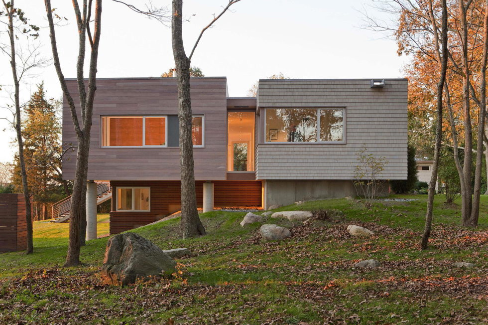 Glass House On The Riverside From RUHL WALKER Architects 12