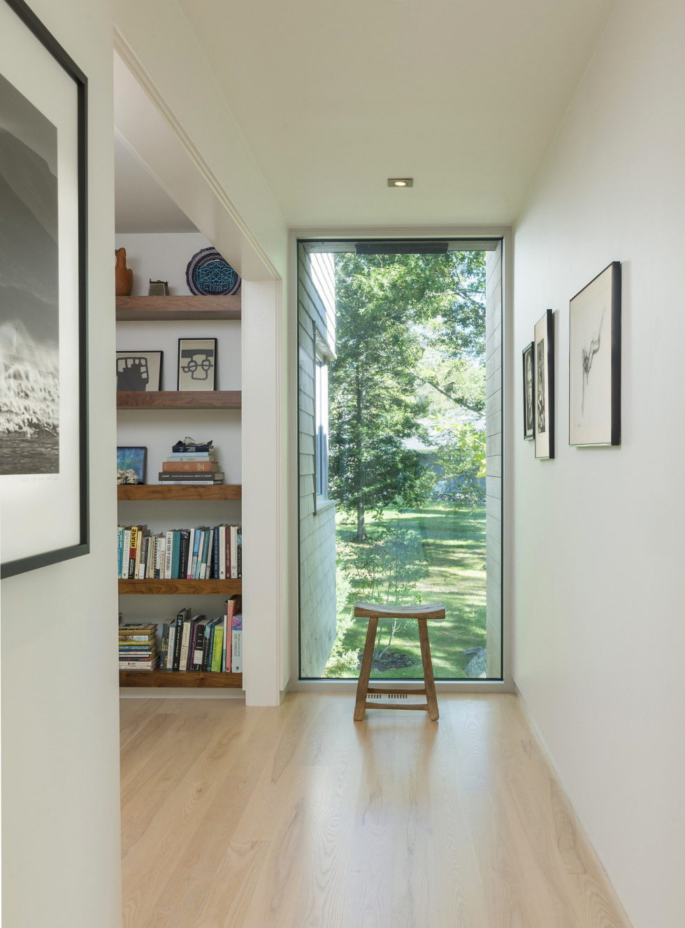 Glass House On The Riverside From RUHL WALKER Architects 6