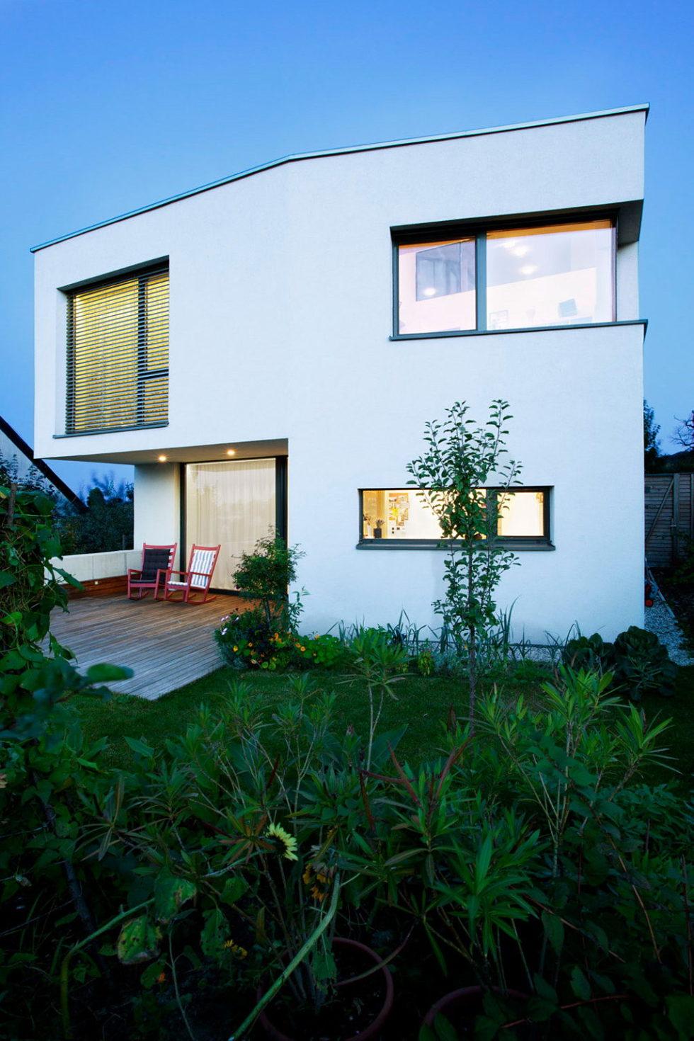 Modern Design Of Double View House in Bratislava, Slovakia 19
