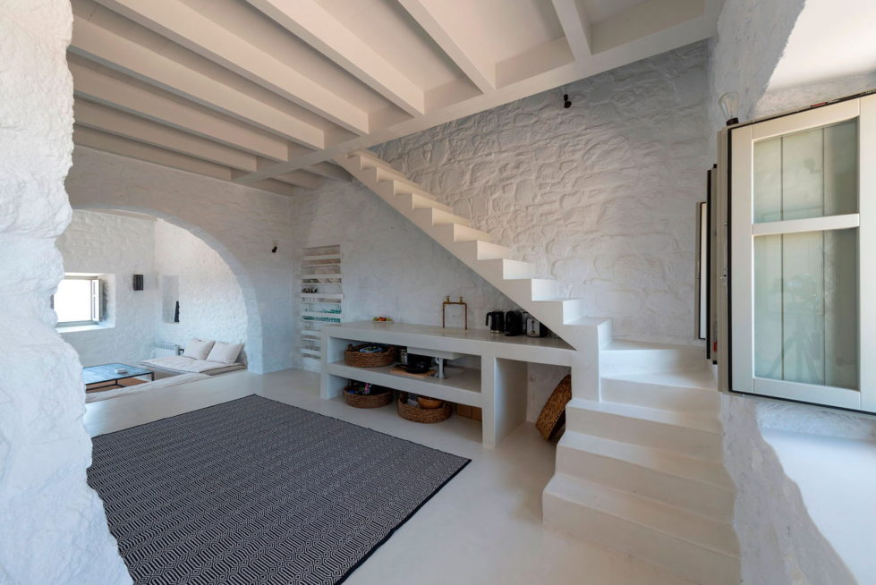 Private Castle on Nisyros Island 10