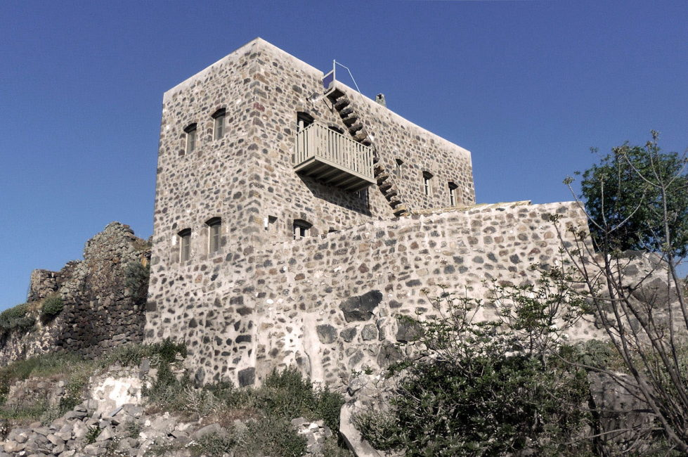 Private Castle on Nisyros Island 3