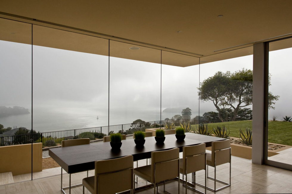 The Garay Residence on the shores of San Francisco Bay from Swatt Miers Architects 11
