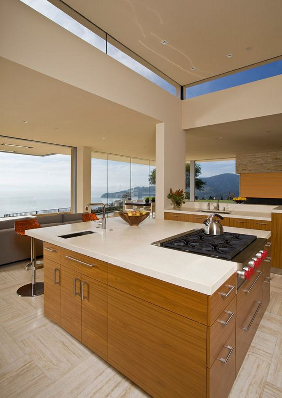 The Garay Residence on the shores of San Francisco Bay from Swatt Miers Architects 14