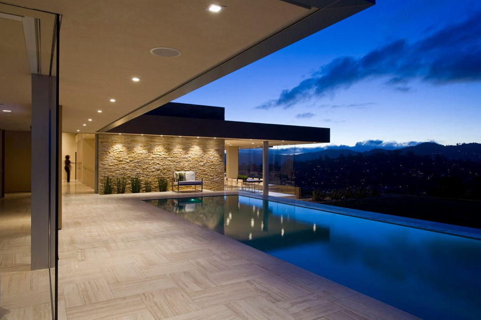 The Garay Residence on the shores of San Francisco Bay from Swatt Miers Architects 18
