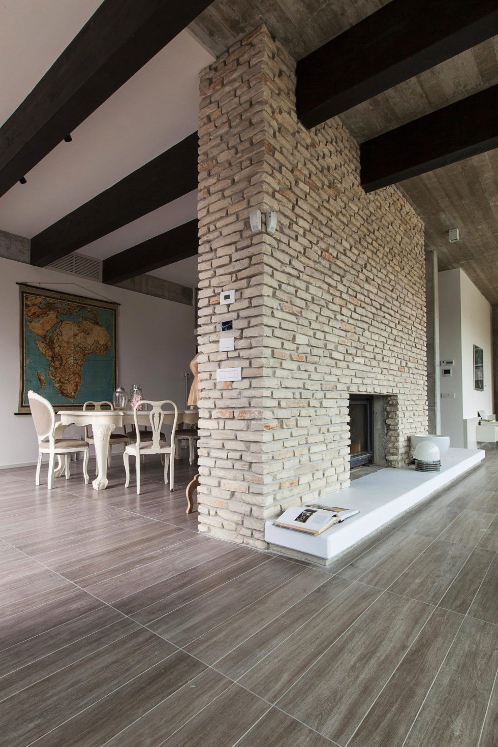 The House For Writer In Bologna From Giraldi Associati Architetti 13