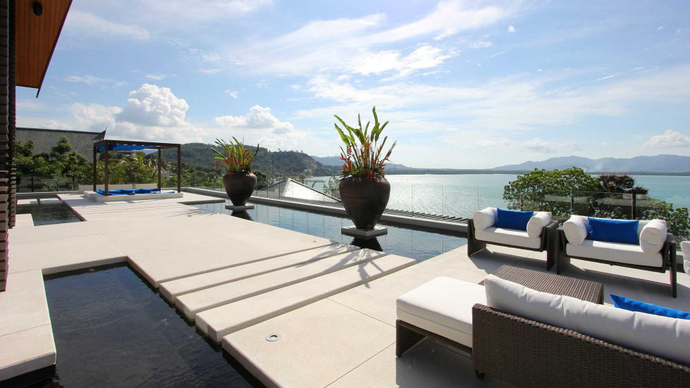 The Padma villa on the island of Phuket in Thailand 8