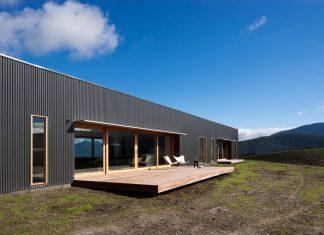 The modern farmhouse Finnon Glen by Doherty Lynch in Australia