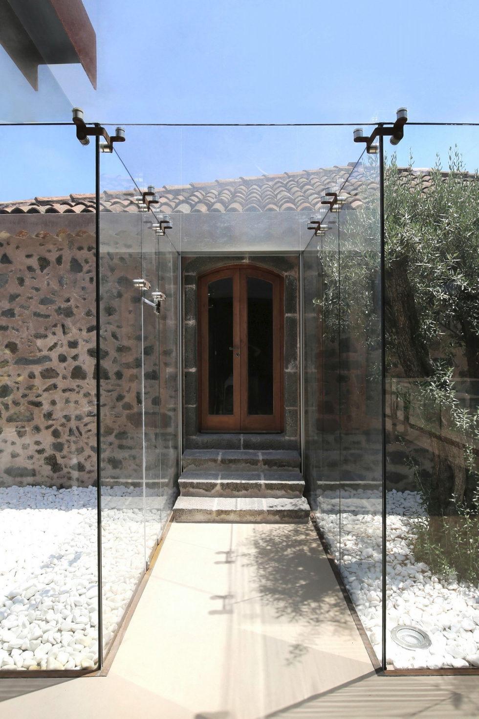 CRV Villa In Italy From ACA Amore Campione Architettura 12