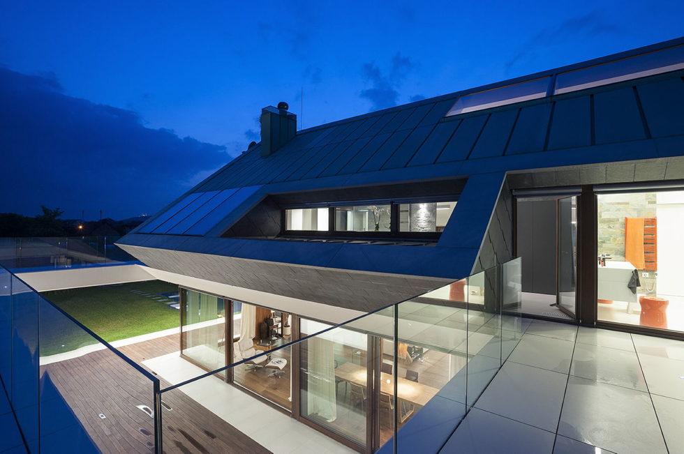 Edge House In Krakow From Mobius Architects Studio 13