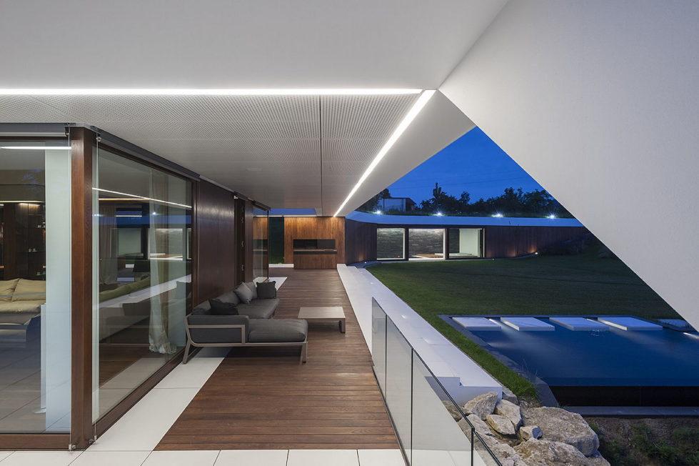Edge House In Krakow From Mobius Architects Studio 18