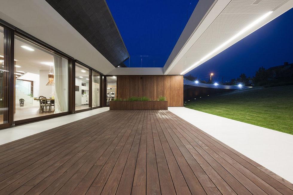 Edge House In Krakow From Mobius Architects Studio 19
