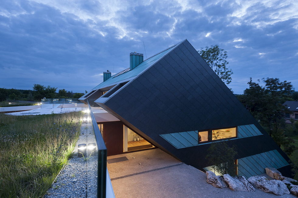Edge House In Krakow From Mobius Architects Studio 2