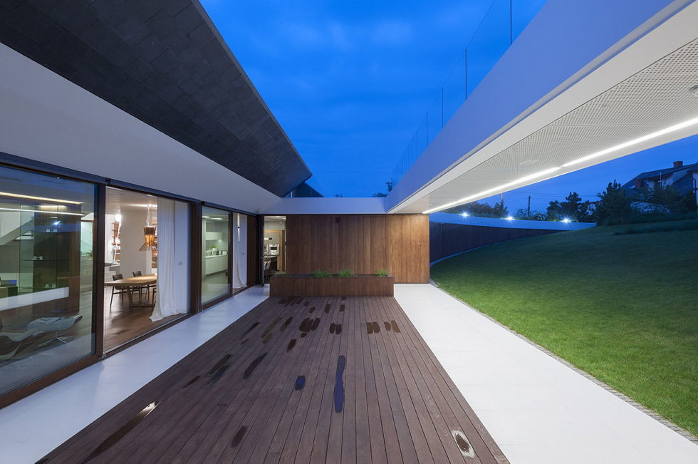 Edge House In Krakow From Mobius Architects Studio 3