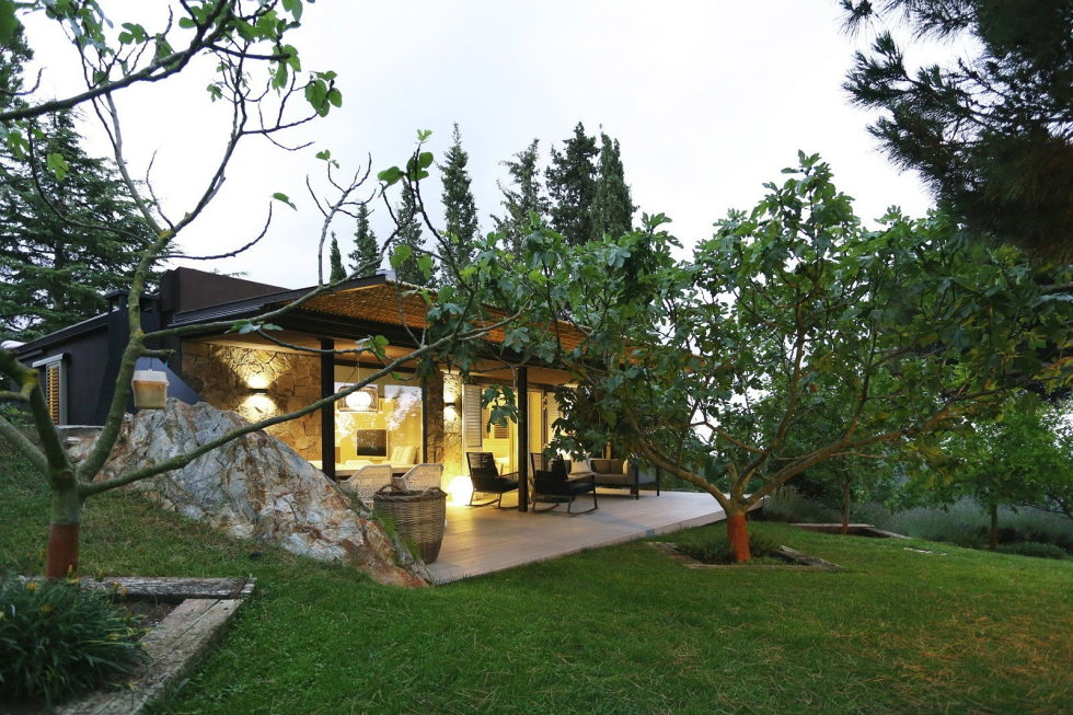 Guest House In Mountains From Dom Arquitectura Studio 13