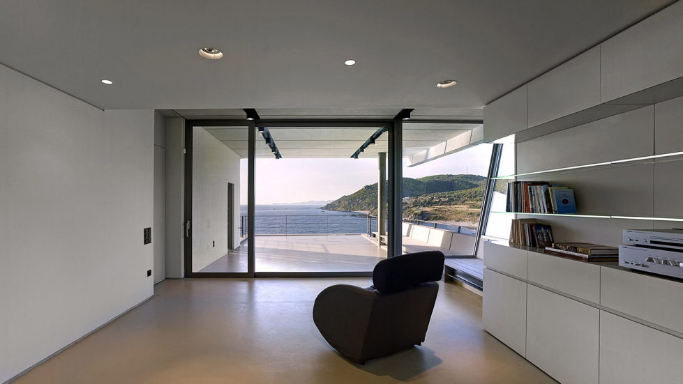 Luxurious Residency Upon The Project Of Z-level Studio On The Shore Of Aegean Sea 16