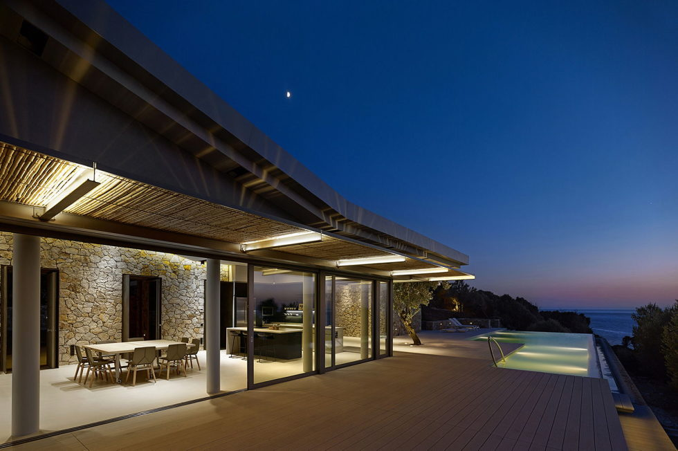 Luxurious Residency Upon The Project Of Z-level Studio On The Shore Of Aegean Sea 3