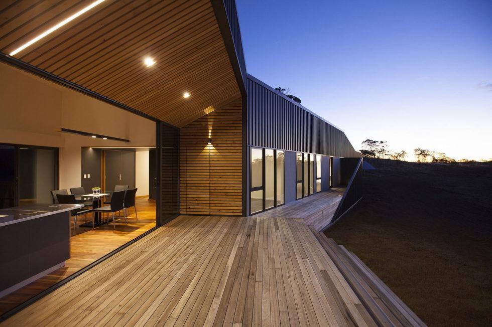 Modern Family Valley House In Australia From Philip M Dingemanse 11