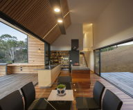 Modern Family Valley House In Australia From Philip M Dingemanse