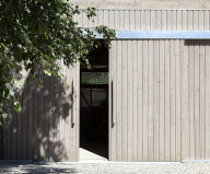 Plinth House in Australia from the Luke Stanley Architects