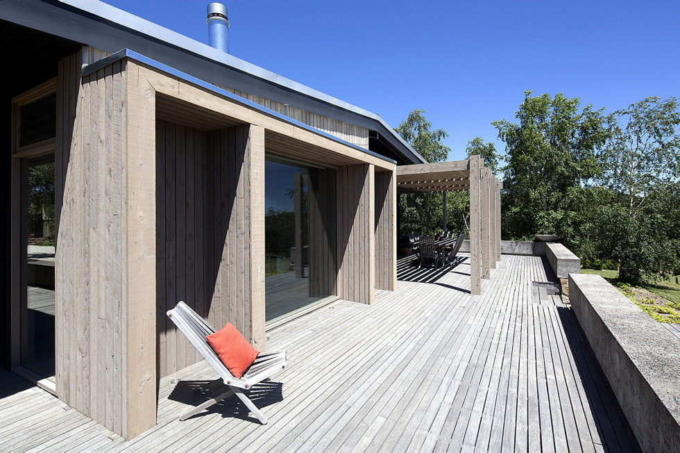 Plinth House in Australia from the Luke Stanley Architects 5