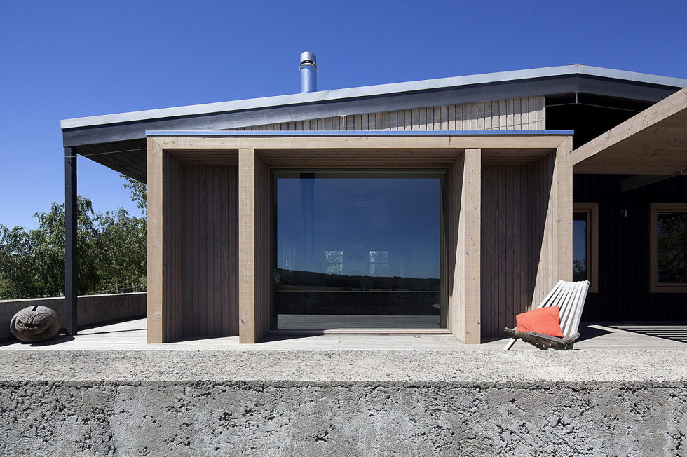 Plinth House in Australia from the Luke Stanley Architects 7