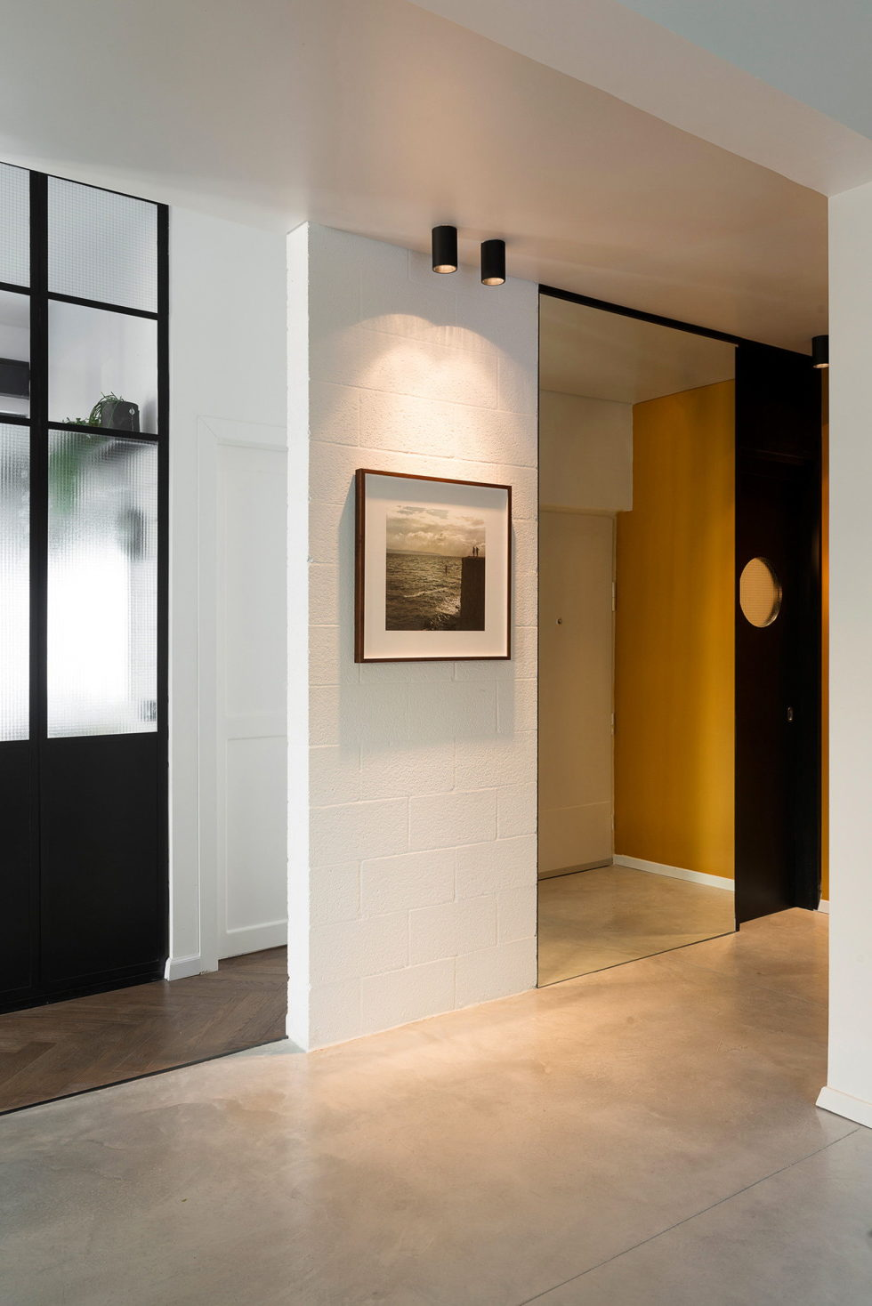 Renovation Of The Apartment In Israel From Raanans Stern's Studio 10
