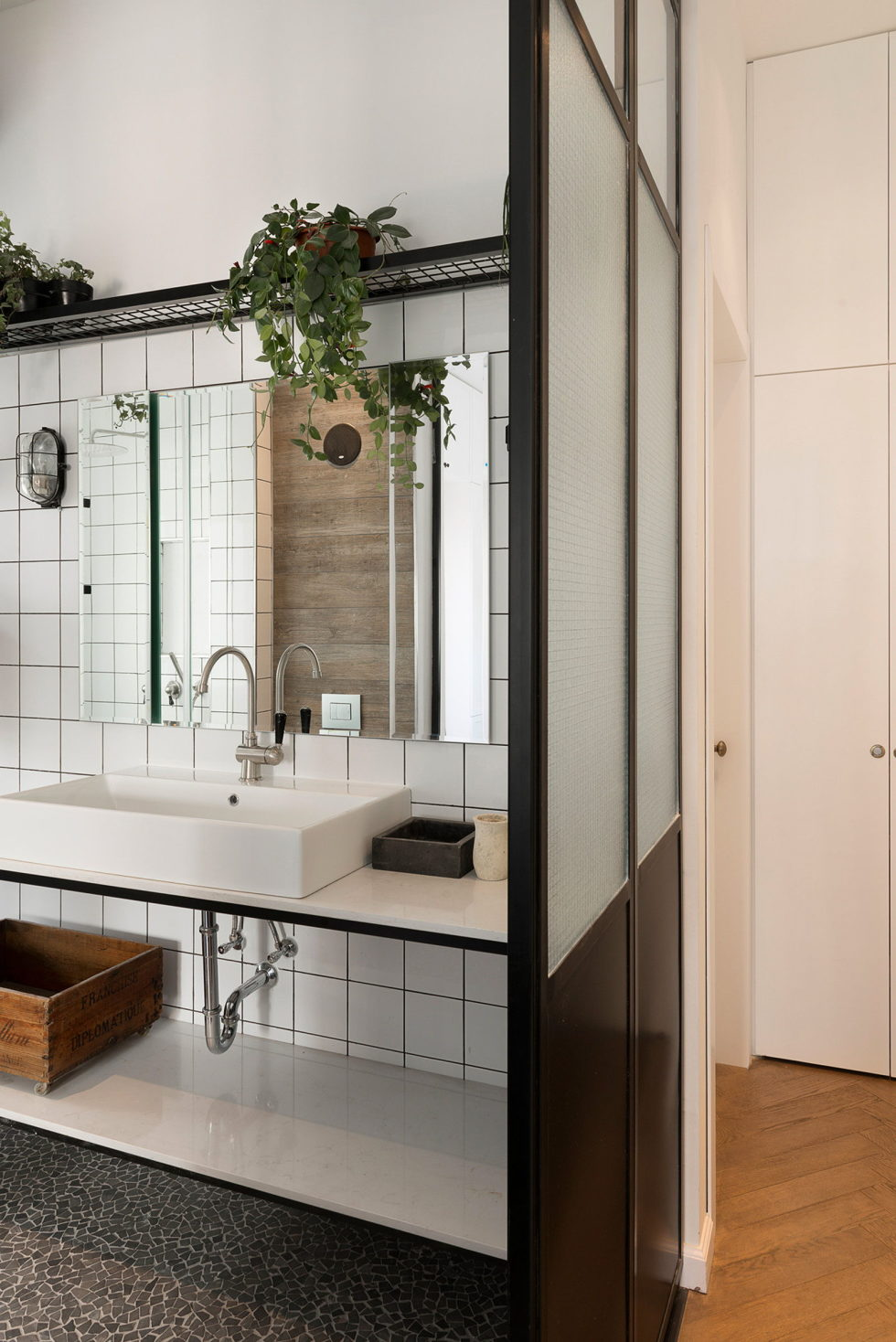 Renovation Of The Apartment In Israel From Raanans Stern's Studio 19
