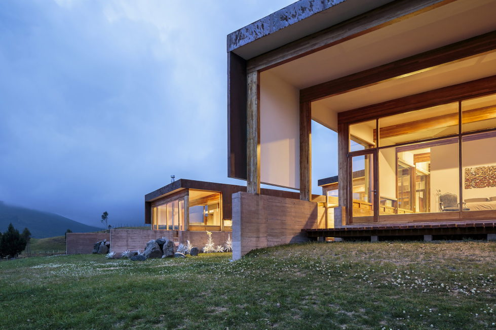Rumilahua House Villa Among Volcanos In Ecuador, From Emilio Lopez Herrera и Luis Lopez 10