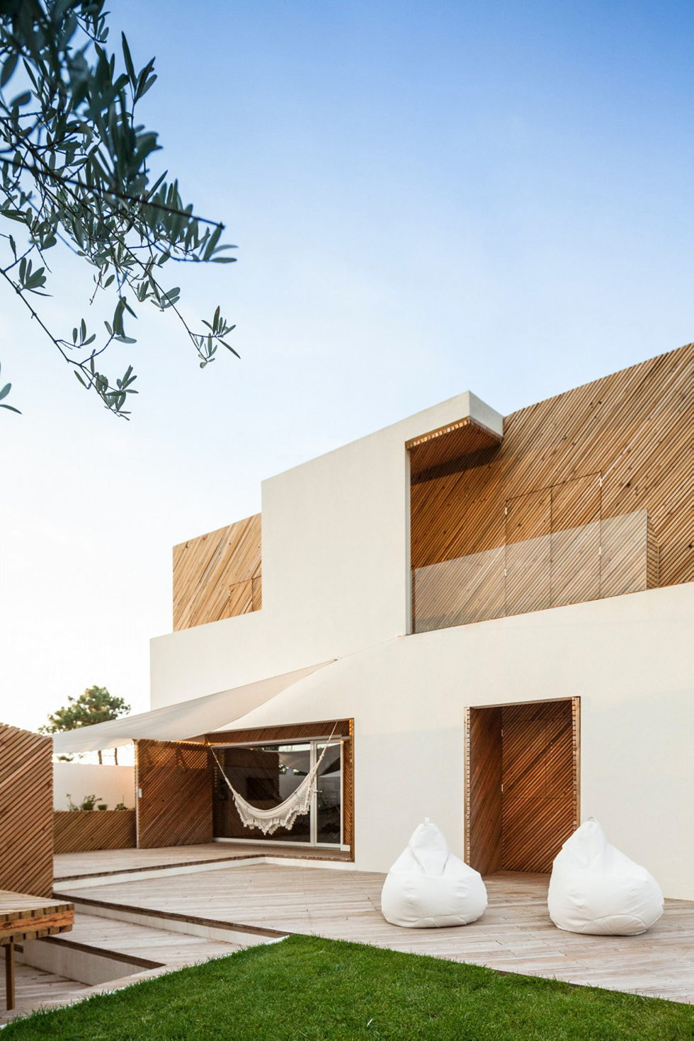 SilverWoodHouse Project In Portugal From 3r Ernesto Pereira Studio