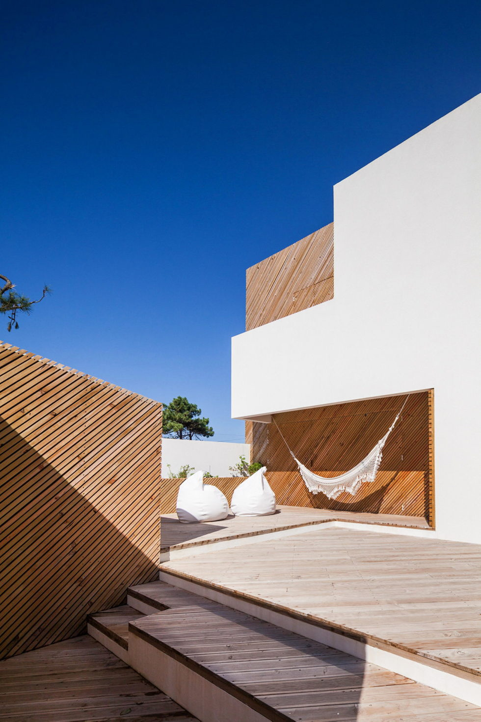 SilverWoodHouse Project In Portugal From 3r Ernesto Pereira Studio 4