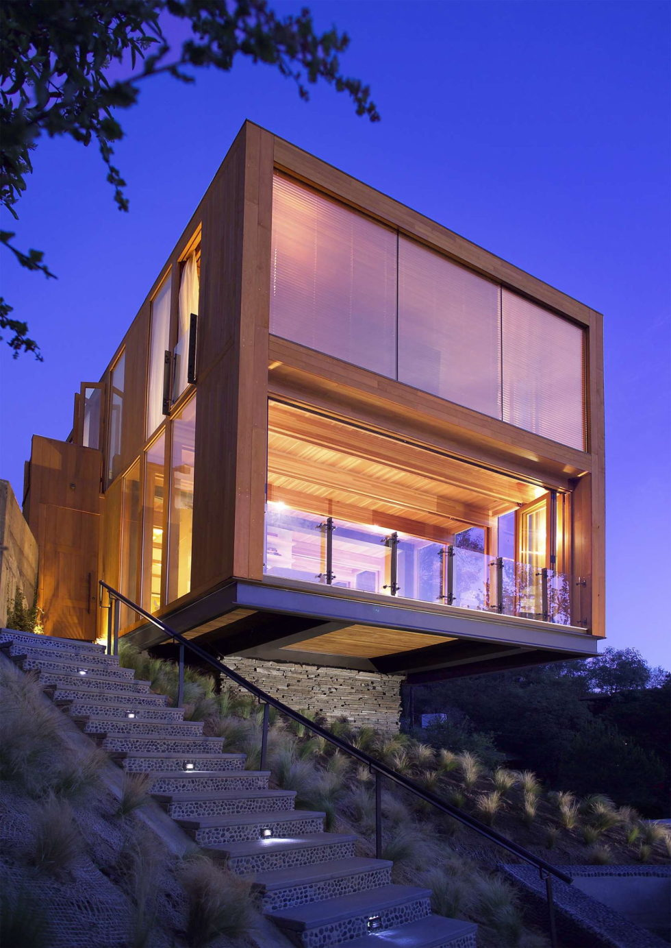 The Hollywood HIlls Box mansion in Los Angeles 1