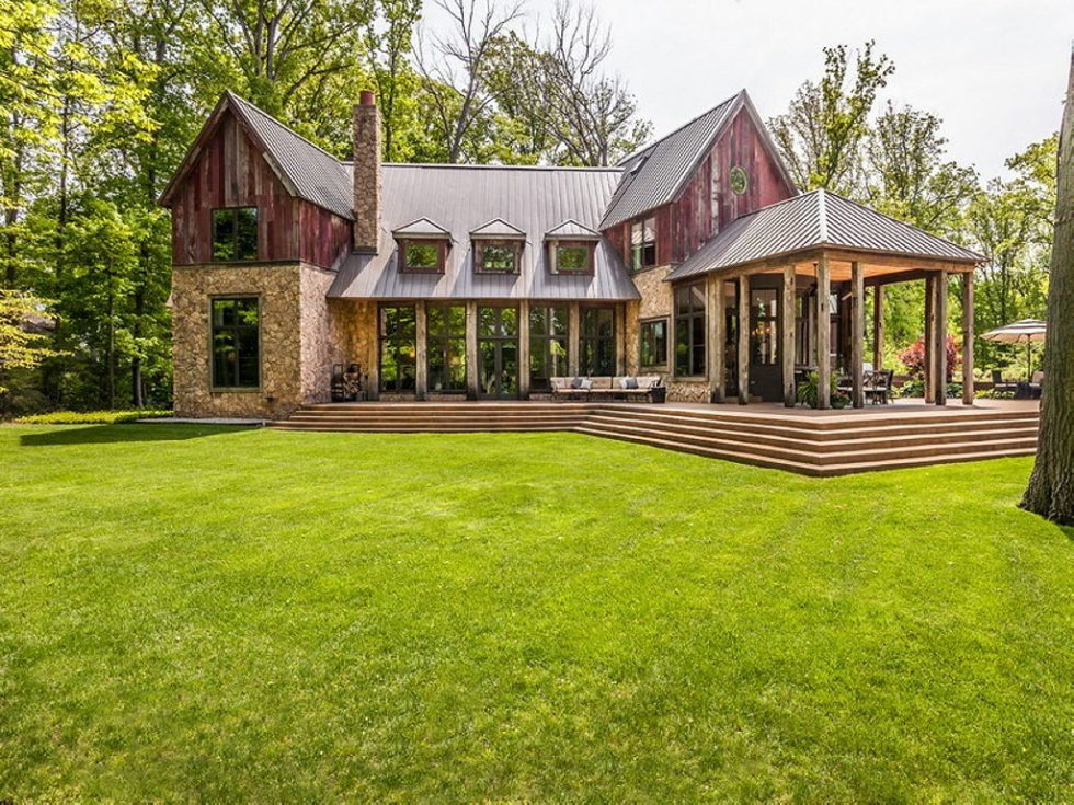 The charming village house in Indianapolis, Indiana, USA is displayed for sale for $ 2.5 million 29