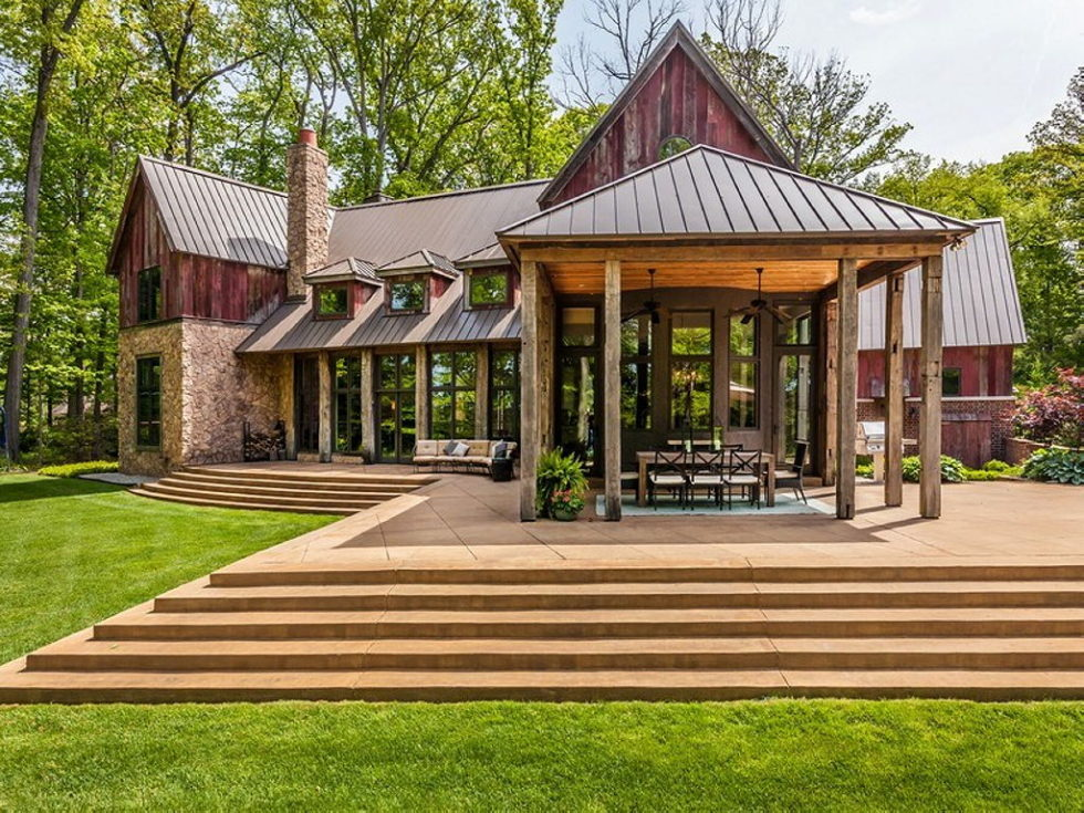 The charming village house in Indianapolis, Indiana, USA is displayed for sale for $ 2.5 million 30
