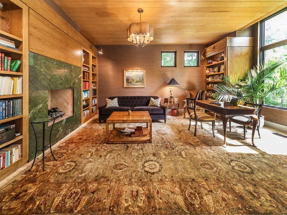 The charming village house in Indianapolis, Indiana, USA is displayed for sale for $ 2.5 million 6