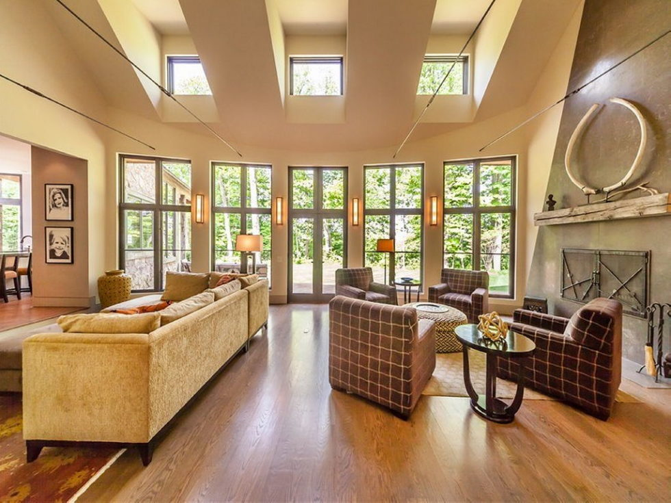 The charming village house in Indianapolis, Indiana, USA is displayed for sale for $ 2.5 million 7