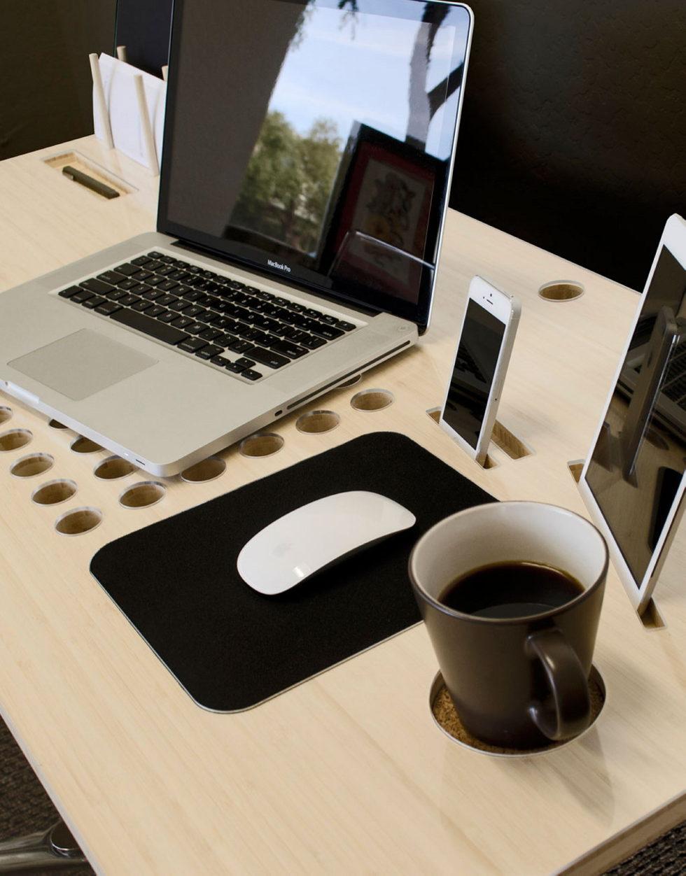 The computer desk SlatePro by Nathan Mummert 9